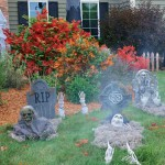 Halloween Decorating Ideas: How to Haunt Your Yard
