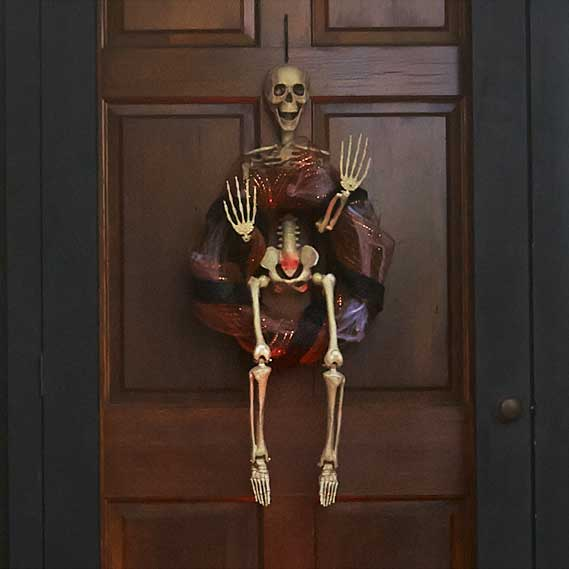 haunted-house-halloween-decorations-2