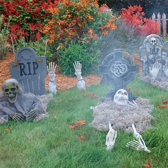 Haunted House Backyard Ideas :  Decorating Ideas How to Haunt Your Yard  Halloween Costume Ideas
